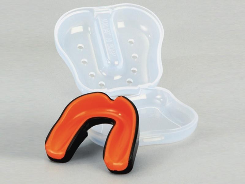 Zahnschutz WACOCU A+ schwarz-orange mit Box